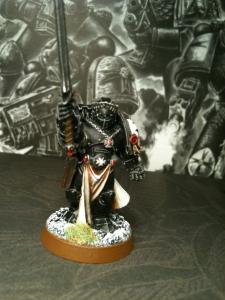 Auch in anderen Orden kommt es vor, dass einer der Krieger vom Imperator auserwählt wird, doch nirgends passiert dies so regelmäßig wie bei den Black Templars. (Quelle: Lexicanum)