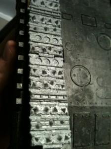 Nächstes Kettenglied auf Stoß anbringen und ggf. markieren wo später der Sekundenkleber  die Kette festkleben soll.